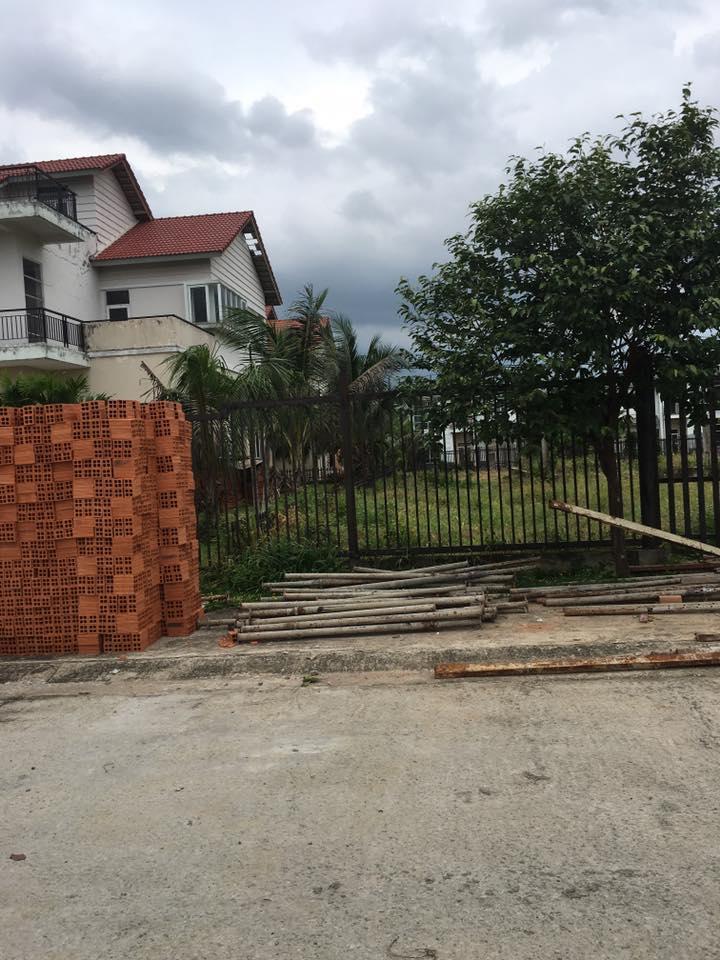 Lô đất nằm trong khu biệt thự đẳng cấp Cocoland, đối diện trực tiếp khu nhà ở an sinh xã hội chánh phú hòa.